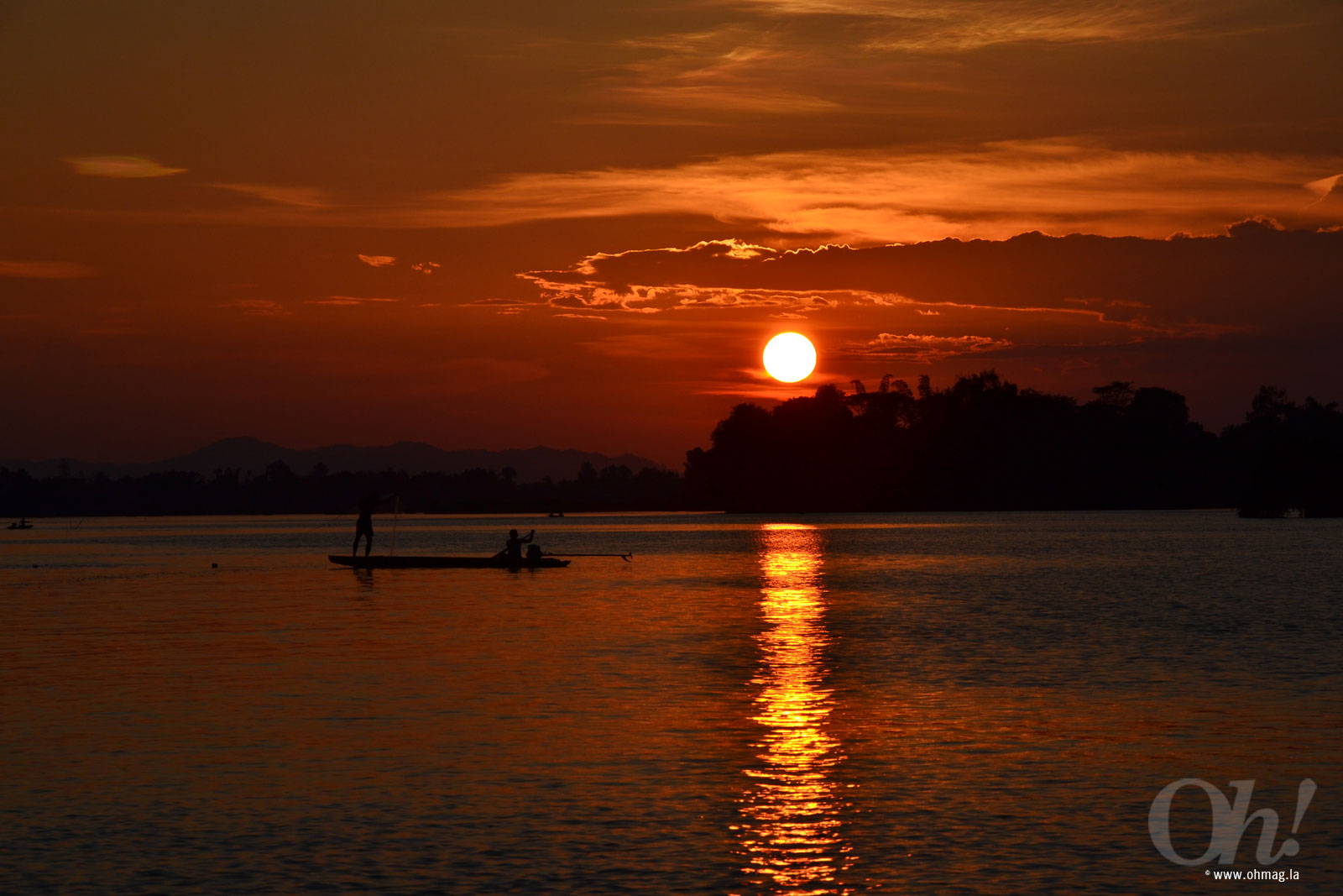 Sunset at the Mekong River, Champassak, Laos